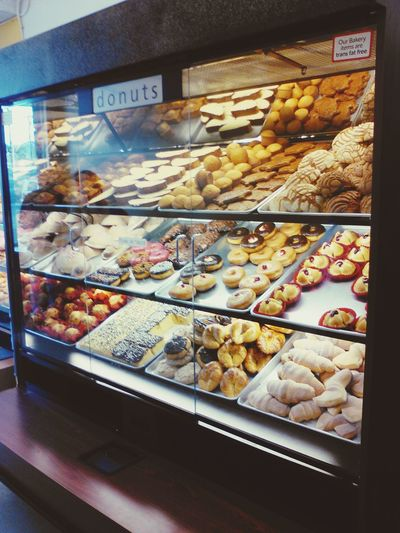 This is what heaven looks like... Fresh Bread Desserts Sweets Donuts🍩 Bakery Pandulce