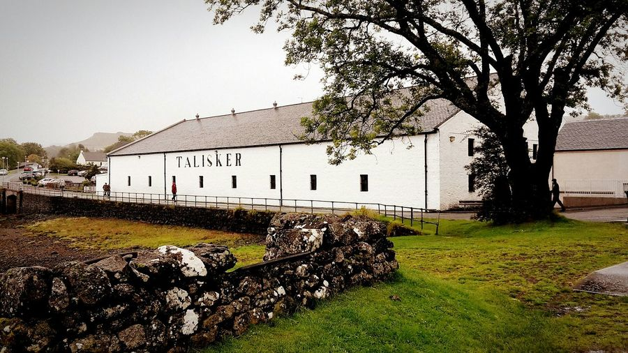 Some more Whiskytasting at Talisker Distillery on the Isle Of Skye, Scotland. Scotch Whisky Whisky Skye