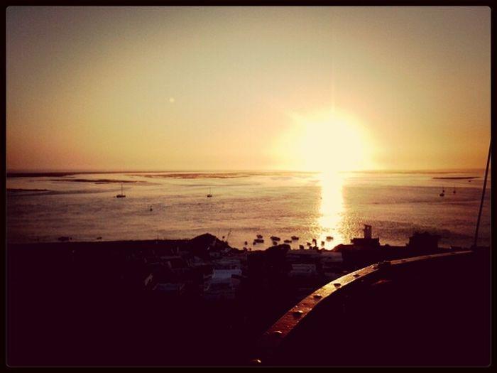 The Sun... Enjoying The Sun Sunshine Relaxing Curtindo O Por Do Sol