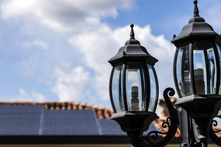 Street lamps in