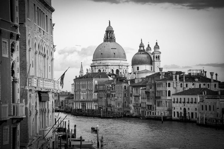 Grand Canal Venice Venice Canals Venice, Italy Architecture Building Exterior City Cityscape Dome History Nautical Vessel Place Of Worship Sky Travel Destinations Venice Water An Eye For Travel Stories From The City The Great Outdoors - 2018 EyeEm Awards