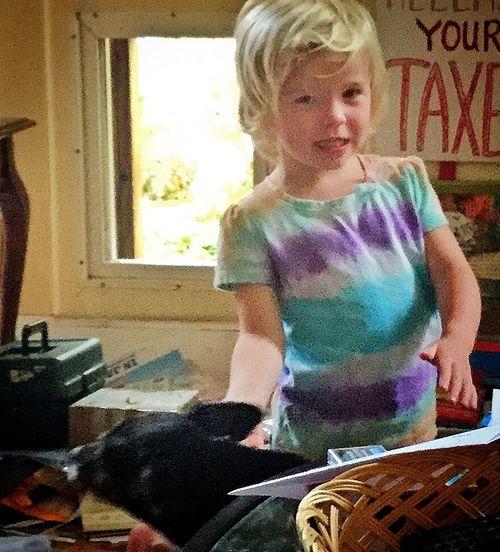 Arbella snacking on Violet's fingers 13048553