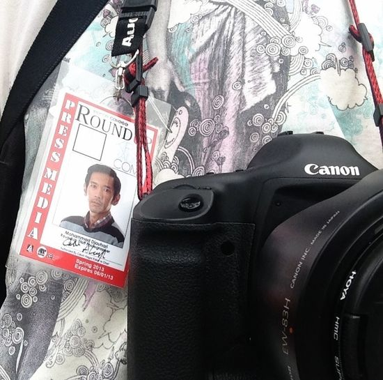 Student journalist Badges Journalist Canon Eos 1DS MkII Credentials
