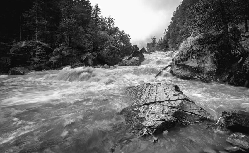 The flow of the kander in switzerland
