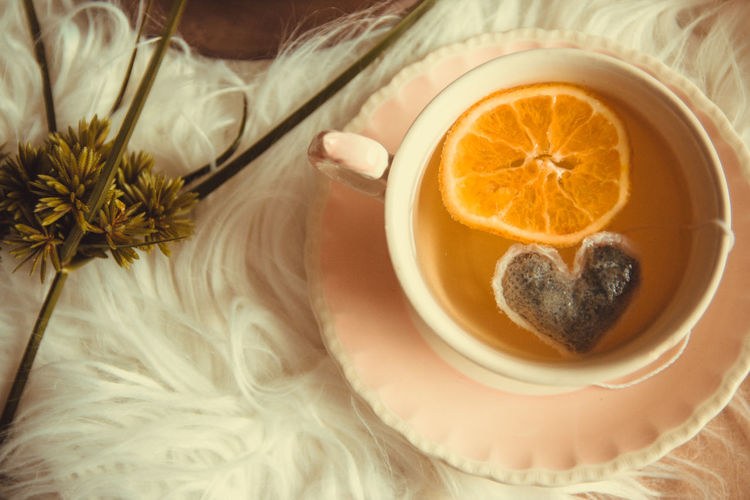 Food Food And Drink Healthy Eating Wellbeing Freshness Fruit Citrus Fruit Orange Color Orange - Fruit Indoors  Orange Drink Close-up Refreshment Adult High Angle View Cross Section Human Body Part People SLICE Breakfast Tea Cup