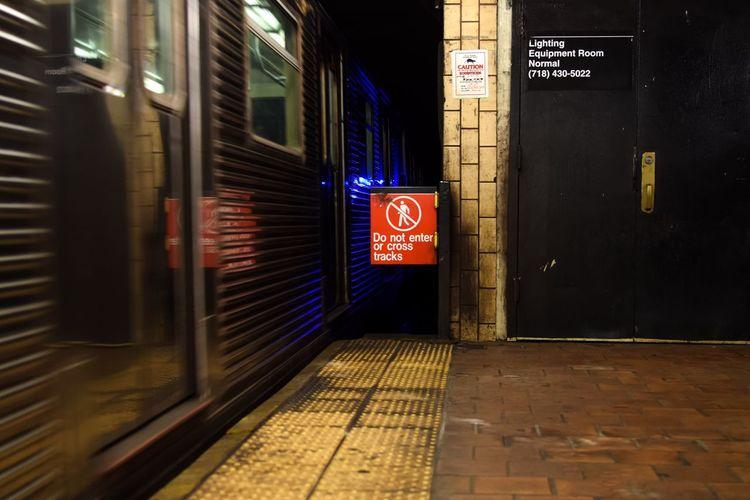 Do not enter sign at railroad station platform