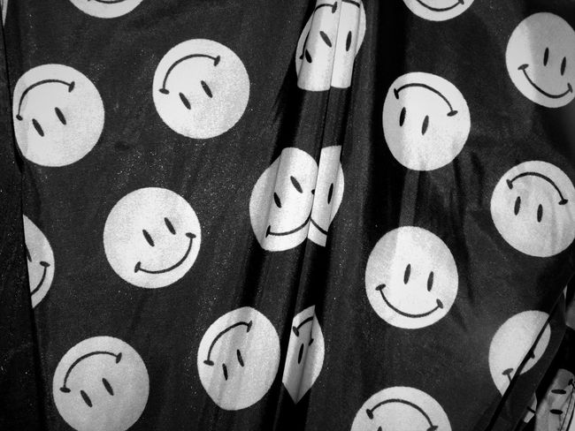 Monochrome Photography Smiley Faces Umbrella Maximum Closeness Close-up Happiness Happy Smiling Circles Shapes And Patterns  Freespirit Fun Faces Of EyeEm Pattern Repeating Patterns Repetition Circular Circles Pattern Extreme Close-up Shapes Beautifully Organized Faces Everywhere Faces Enjoying Life Smile
