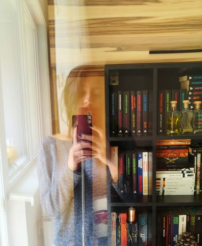 Photographing Smart Phone One Person Mobile Phone Indoors  Holding One Woman Only Young Adult Books Capturing Myself LGG4 Window Reflection