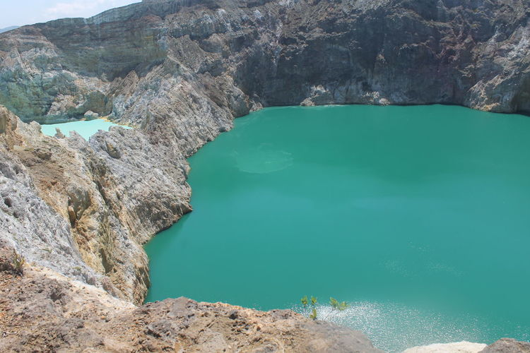 Ende Tourist Attractions Kelimutu Lake Kelimutu National Park Lake Colorful Lake Tourist Attraction  Tourist Resort Indonesia_photography Beautiful Nature Beautiful Indonesia Water Solid Rock - Object Rock Scenics - Nature Land Rock Formation Turquoise Colored Geology Environment Mountain Outdoors No People Beauty In Nature Landscape Nature Eroded