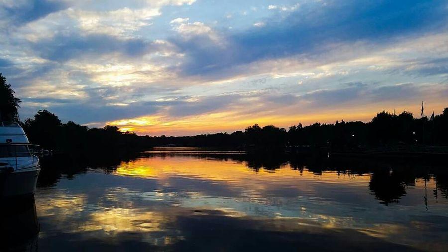 Sunset Baldwinsville Lock24 Boats
