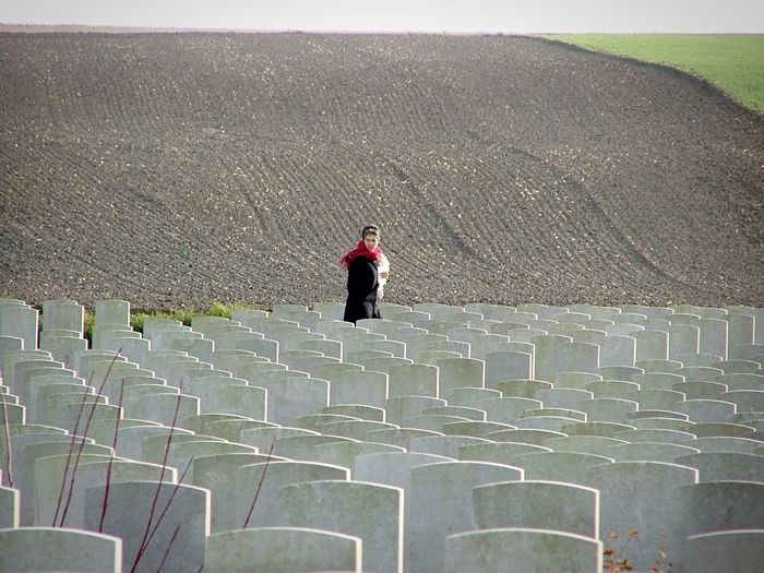Searching for my grandfather's cousin The Somme Wwi War Graves Remembering The Dead Sacrifice Learn & Shoot: Leading Lines