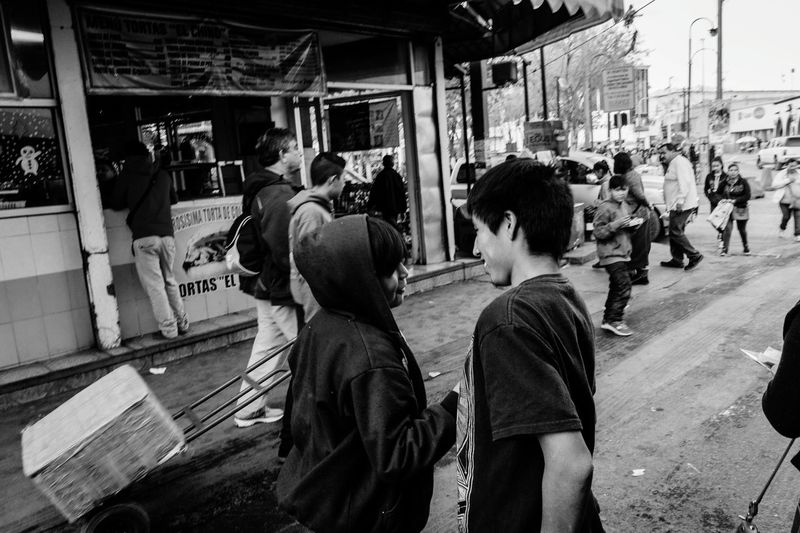 Blackandwhite Life_is_street Burnmyeye Wearethestreet Vision_street Fromstreetswithlove Friendship Real People Men Large Group Of People Lifestyles Street Rear View Women City Life Leisure Activity City Outdoors Day Crowd Adult People Adults Only