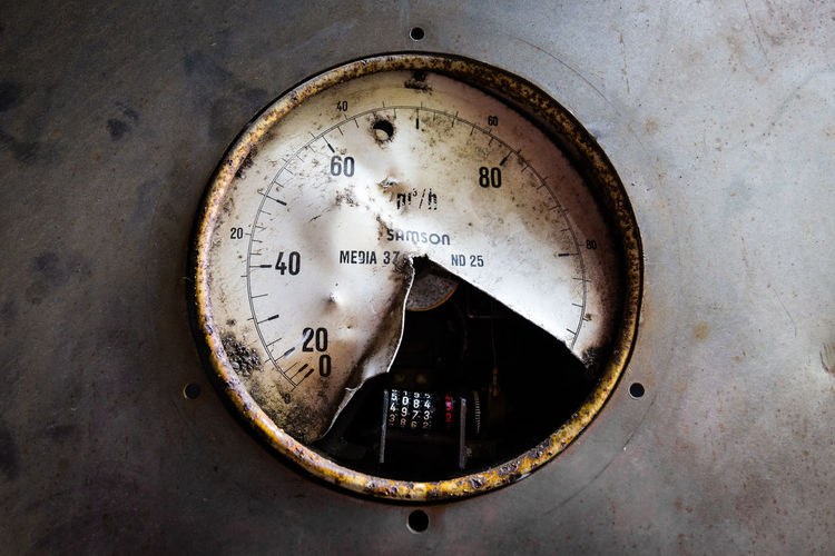 Gauge Close-up Number No People Meter - Instrument Of Measurement Old Technology Circle Rusty Abandoned Metal Machinery Pressure Gauge Equipment Deterioration Damaged Shape Dial Industry Germany Deutschland Canon Canonphotography Rust Detail