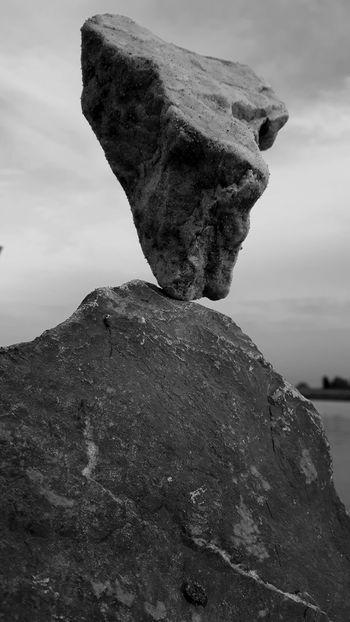 Gravity Glue Rocks Balancingact Rockstacking LandArt Stone Art Rockbalancing Art Balancing Rocks Rockbalancing Meditation Zen Rocks