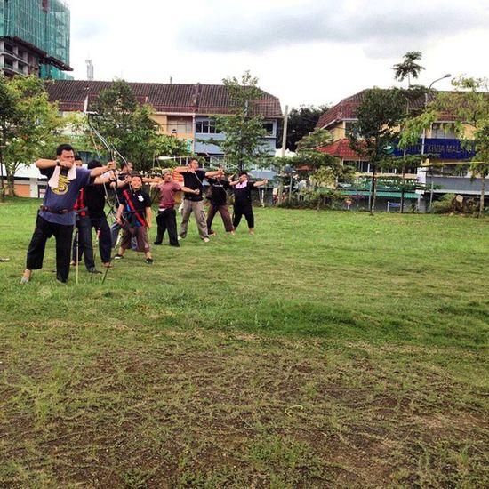 Pemanahalbadar Pemanah Pertama Pemanahtradisional panahan panah sukan memanah archery traditionalarchery bow arrow bow_arrow longshoot busur sports ig igmalaya malaysia ???