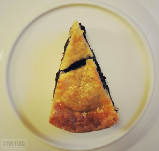 E: What's wrong with the blueberry pie?... J: There's nothing wrong with the blueberry pie, just people make other choices.. You can't blame the blueberry pie, it's just... no one wants it... E: Wait! I want a piece... Food Indoors  No People Ready-to-eat Plate Close-up Freshness Healthy Eating Beautiful Hanging Out Taking Photos Simple Photography Allshots Check This Out Hello World EyeEm Food And Drink Pie Blueberry Pie Blueberry Dessert Dessert Porn Dessert Time!