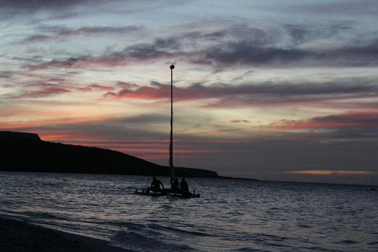 Oil Pump Sea Water Sunset Nautical Vessel Silhouette Multi Colored Sky Cloud - Sky Landscape Calm Coast Horizon Over Water #FREIHEITBERLIN The Traveler - 2018 EyeEm Awards