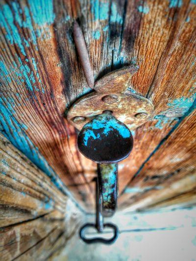 Enjoying Life Hello World Blue Door The Human Condition First Eyeem Photo Photography Harfilli Kapı Anahtar