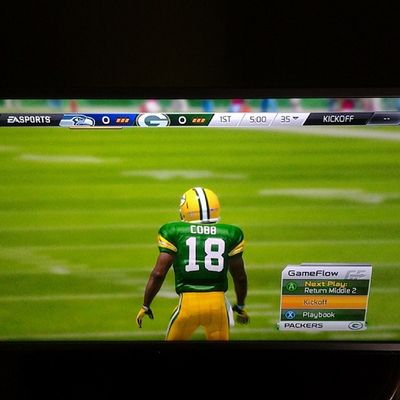Madden25 NFL_Enjoying_My_Weekend