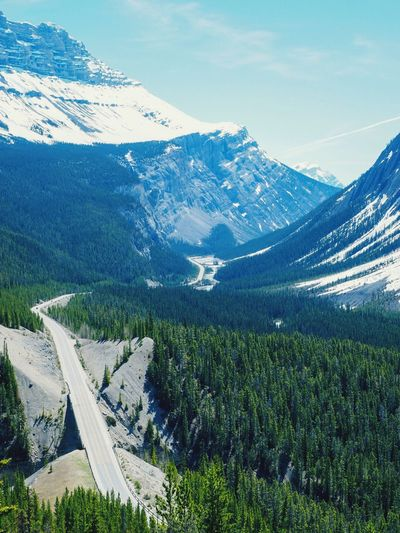 Road to Nowhere Scenics Mountain Range Nature Tranquil Scene Day Beauty In Nature No People Outdoors Tranquility Sky Snow Landscape Road Winding Road Icefields Parkway Jasper National Park Canada Driving Wanderlust Lost In The Landscape