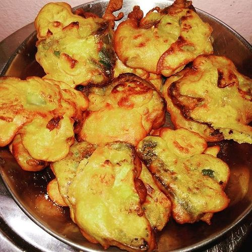 Capsicum Pakoda Bhaji Indian Home Recipe Mother 's Homemade Dry Frys . Healthyfood Hygenic Food . Foodlovers Bengalifood Foodlovers Foodforthought .