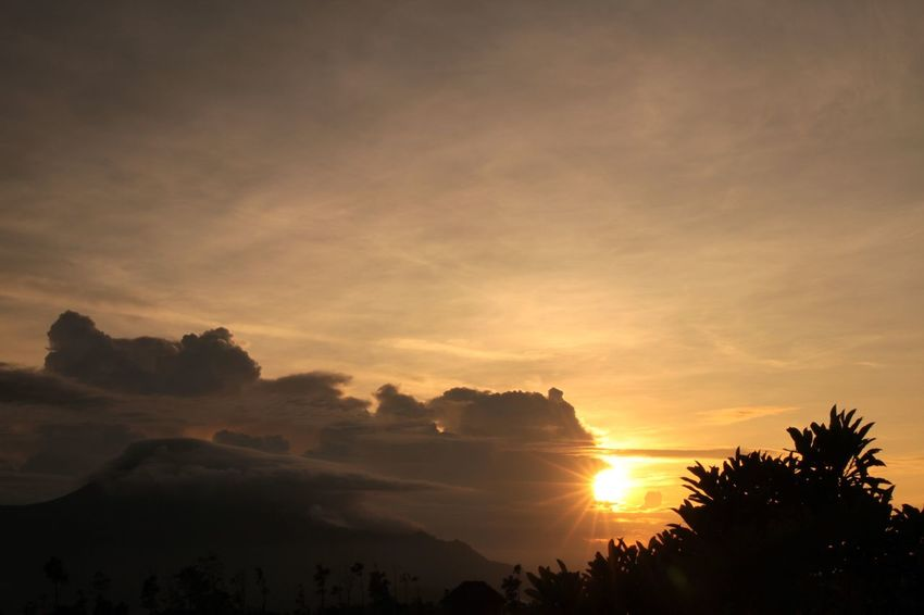 Landscape Sunrise Indonesia_photography Wonderful Indonesia Pacet Noedit Nofilter Flare Sunflare