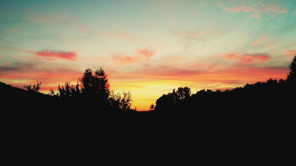 Nofilter Beautiful Nature Sunset #sun #clouds #skylovers #sky #nature #beautifulinnature #naturalbeauty Photography Landscape [ Htconem8