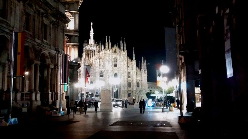 Milan by night Milano , Duomo Di Milano , Luci&ombre , Milan , Lightandshadow