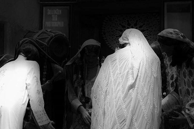 17/5/2016 Inbahrain See_bahrain Tourism_bahrain In_bahrain Inbahrainnow Oldisgold Bahrain_national_museum Waycoolshots Ig_neverstopexploring Ig_week Ig_museum Instagram Bahrain_national_museum المصورون_العرب Phoyogrid Photography Photograph Scene Capture Shots Bahrain Follow Like Black_white Black الجلوة العجافة عجافه The good luck party