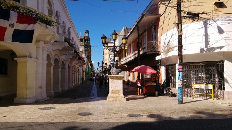 Park Colonial Style Market Colonial Architecture Dominican Republic Santo Domingo Zona Colonial Patrimonio Cultural Bust  Tourism Historical Place