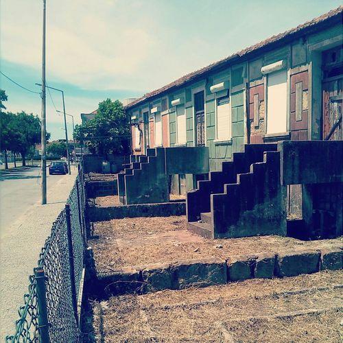 Abandoned Houses. Street Photography Life