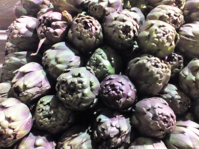 Abundance Artichoke Backgrounds Close-up Day Food Food And Drink For Sale Freshness Full Frame Healthy Eating Large Group Of Objects Market Nature No People Outdoors Vegetable