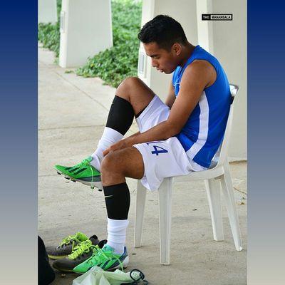 @_paologabriel Bootspotting ⚽ . . . UAAP Uaap77 Uaapseason77 ADMUvsDLSU ateneo lasalle sbspotlight soccerbible seniors football themanansala