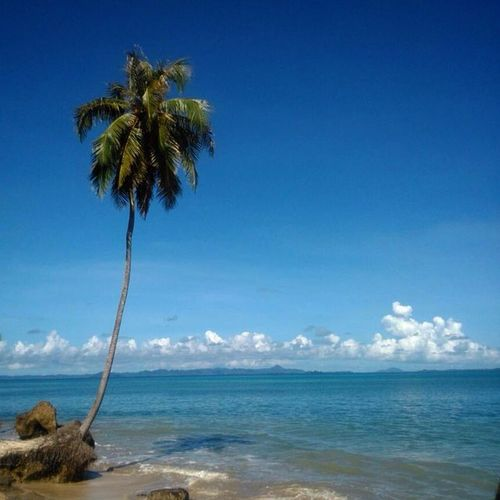 Enjoy Indonesia! _______________________________ Loc: Pantai Ujung Amerika, Pulau Banyak, Aceh Singkil. upload bersama @instanusantara Inub8916 Instanusantaramedan Instanusantara
