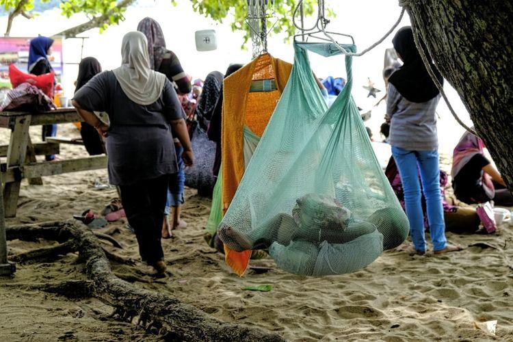 In the net Pangkor Malaysia Hammock Children