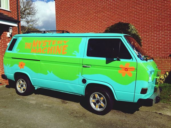 Things I Like a Customized Van in a Cartoon Style 🌀 I ❤️ Scoobydoo 😍 in Glastonbury Sofiavicchi Sofiavicchiconceptdesign Hadriansproject Traveling Beat Flowerpower Purple Flowers England