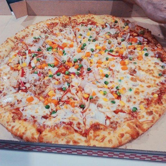 又要來po美食文了抱歉🙏 但是真的好好吃喔👅👅😀 不要揍我😂 Costco Pizza Delicious