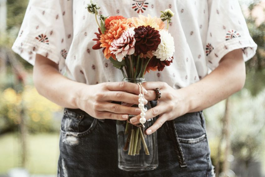 Birthday Girl 👸. EyeEm Selects Human Body Part Human Hand People One Person Nature Front View Flowers Lifestyles Outdoors Birthday Family Simplicty Home Bokeh Focus Taking Photos Shootermag EyeEm Best Shots