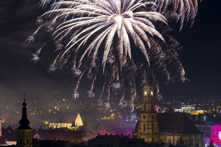 Fireworks 2016 Celebration Cluj Cluj Napoca Fireworks Fireworksphotography Happy New Year 2016 Klausenburg The Architect - 2016 EyeEm Awards New Year New Year Around The World Neighborhood Map