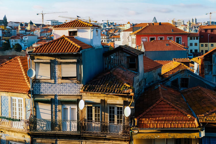 Architecture Building Exterior Built Structure Building Residential District Roof City House Window No People Day Nature Town Sky Outdoors Roof Tile Old Cloud - Sky The Past History TOWNSCAPE Row House