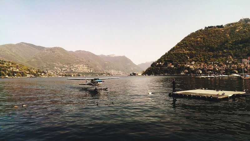 Como Lake Italy Swan Plane Travel Photography Traveling Check This Out Taking Photos Hanging Out