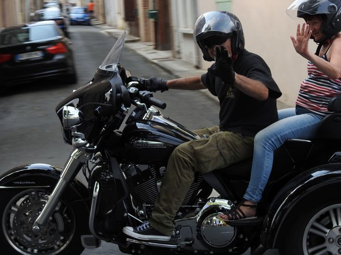 Close Up Day Fashion Harley Harley Davidson Hi! Land Vehicle Large Group Of Objects Leisure Activity Lifestyles Mode Of Transport Motorcycle Occupation Real People Side View Sitting Taking Photos Transportation Trike Trikebike