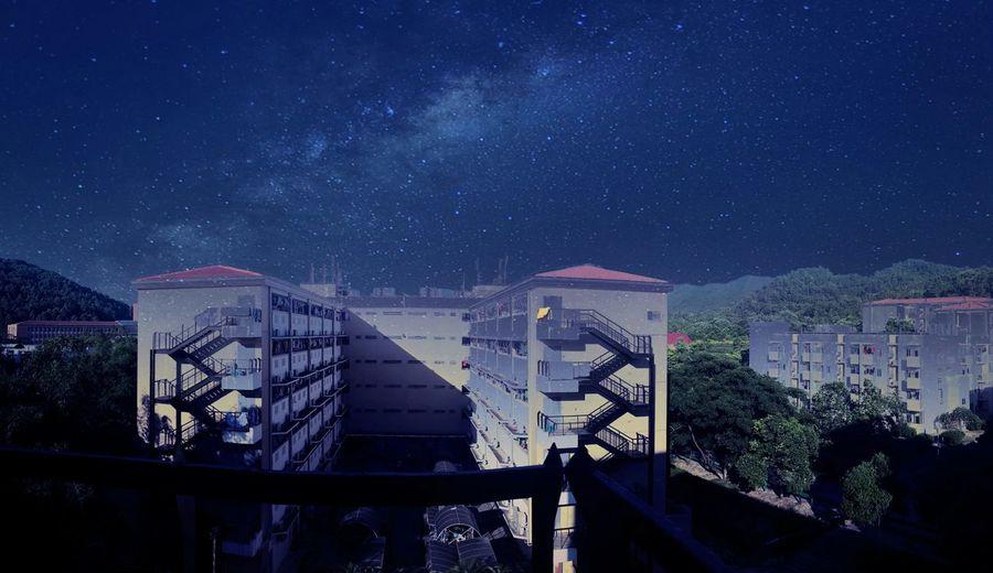 在宿舍阳台上拍摄的。 Light And Shadow Photography Sky Beautiful View Color Photography