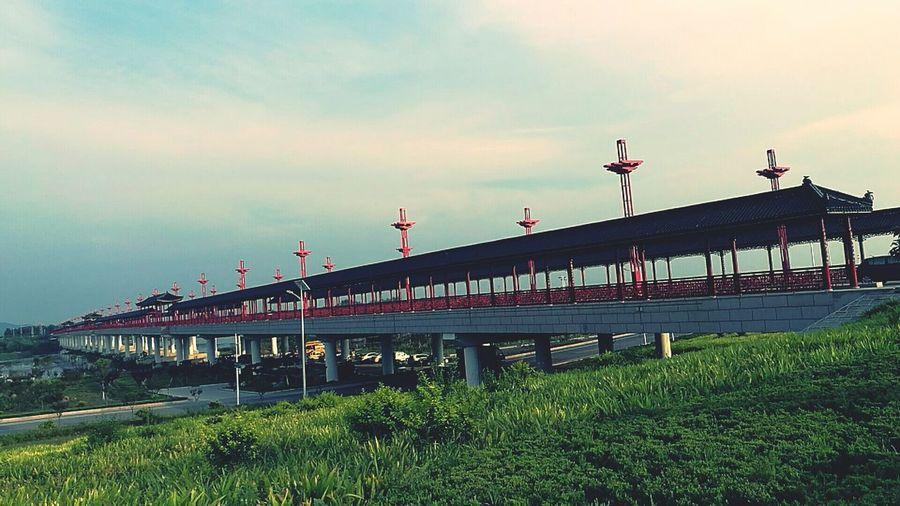 世界上最长的廊桥。