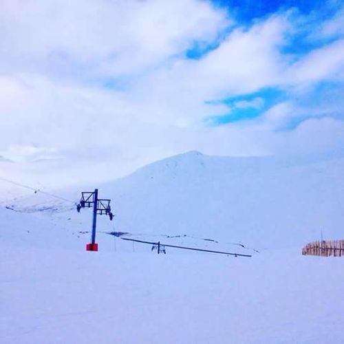 Snow Cold Temperature Winter Day Outdoors Landscape Nature Tranquility Mountain Beauty In Nature No People Ski Lift Overhead Cable Car Scenics Sky