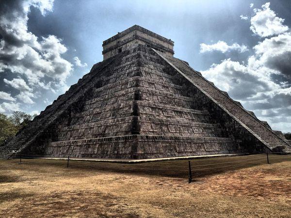 Chichenitza Pyramid Mexico