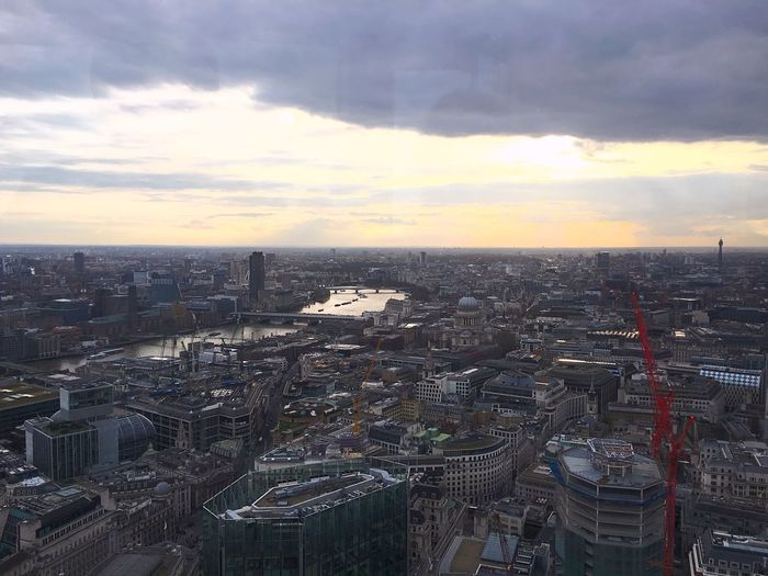 Spring evening time across London London Tower 42 City Cityscapes Beautiful Hello World River Thames