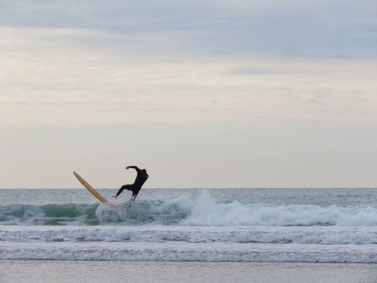 EyeEmNewHere Strand Woolacombe, Devon Beach Beauty In Nature Day Horizon Over Water Leisure Activity Lifestyles Motion Nature One Person Outdoors People Scenics Sea Sky Surfers Surfing Surfingphotography Water Wave Weekend Activities