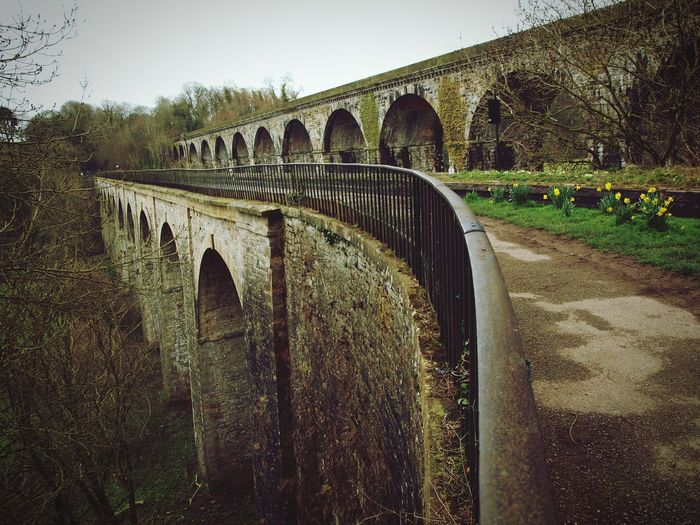 Chirk Aqueduct Railing Stone Valley Wales Diminishing Perspective Agriculture Tree Sky Architecture Arch Bridge Bridge - Man Made Structure Viaduct Overpass Engineering Canal Arch Railway Bridge Historic Archway