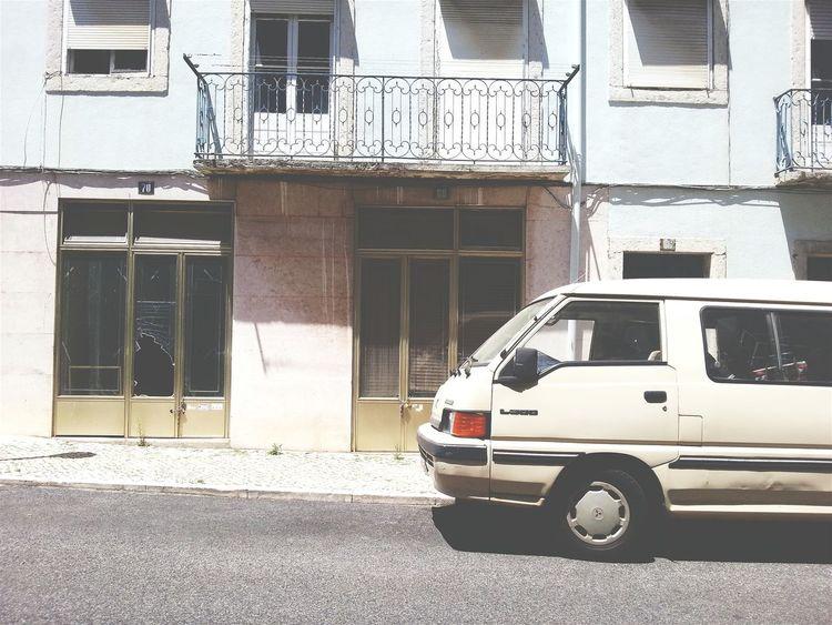 Old Van Lisbon Street Sunday Evening